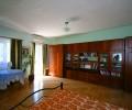 Эта-же комната с видом на стенку