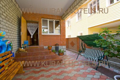 Гостевой дом в Витязево на ул. Толстого
