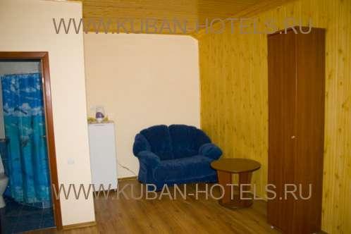 Анапа гостевой дом Флагман диван